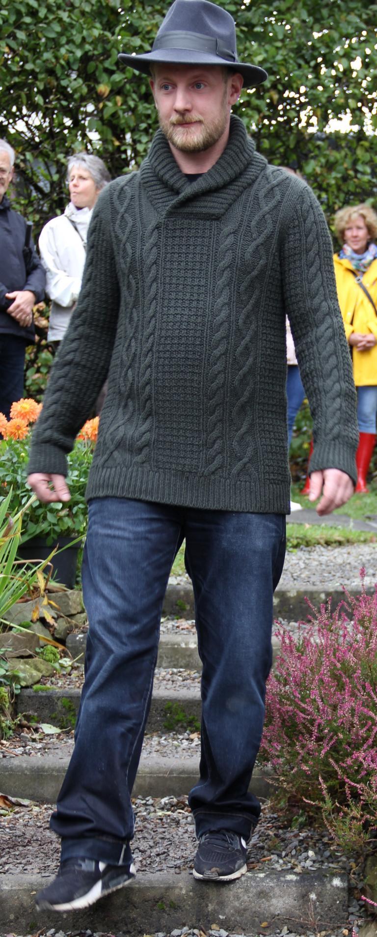 Pullover mit Schalkragen La Alpaca